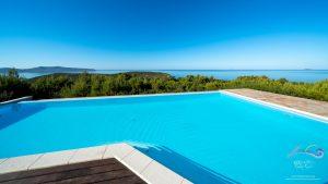 Panorama fronte piscina
